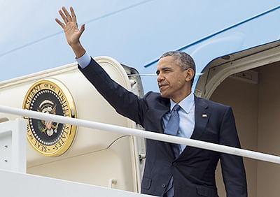 Obama says 'Hello' to Facebook