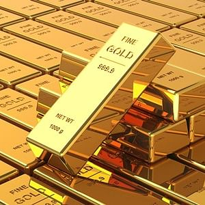 Gold and silver prices fall amid US-Iran tension
