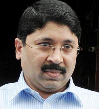 SC asks Maran to appear  before CBI, help in probe