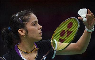 Saina, Srikanth eye good show