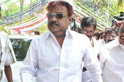 AIADMK workers held for protest against DMDK chief