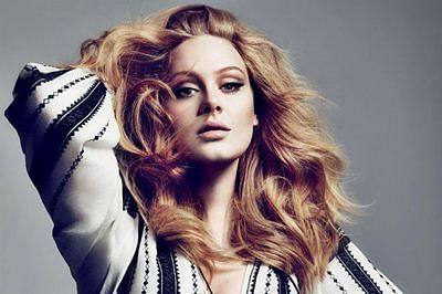 Adele's personal photos stolen by hacker