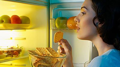 Midnight munchies may  impair memory, learning