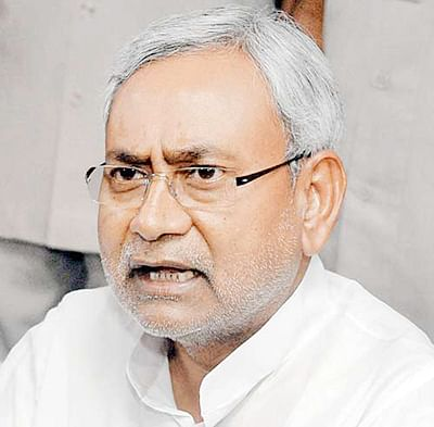 Nitish takes yoga route to irk Modi