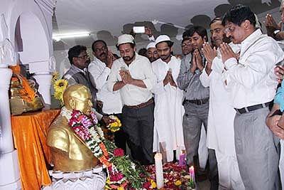 People throng to Shivaji Park on Ambedkar's death anniversary