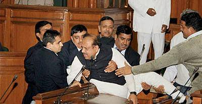 BJP member marshalled  out of Delhi assembly