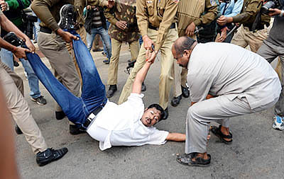 Youth Congress workers detained for protesting against 'intolerance'