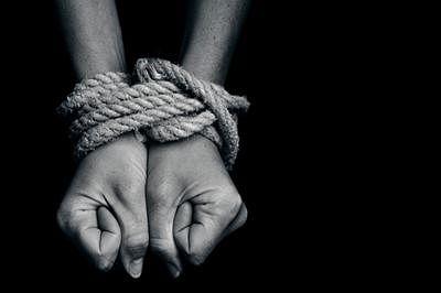 Tortured Indian workers return from Saudi Arabia