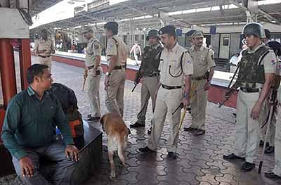 Ujjain: Checking drive at railway stations & city outskirts
