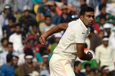 Ashwin ends 2015 as number one Test bowler & all-rounder