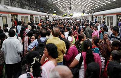 WR-CR services disrupted after signal failure at CST and Goregaon