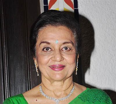 Asha Parekh lobbied  for Padma award,  says Nitin Gadkari