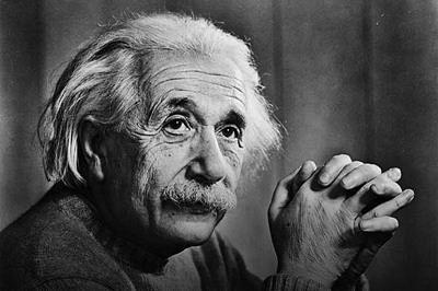 A glimpse of Einstein