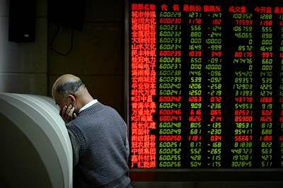 Asian stock markets rise moderately as oil prices recover