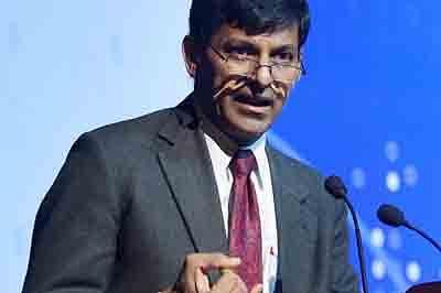 Raghuram Rajan Warns AgainstDebt-Driven Growth