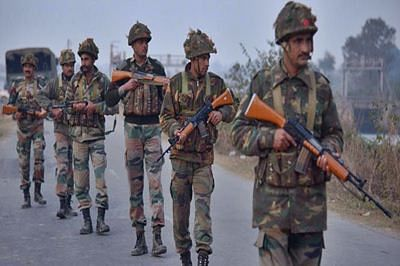 Pak nationals convinced of 'army, ISI' role in Pathankot: Defence expert