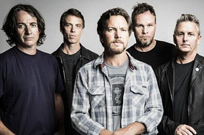 Pearl Jam, Soundsystem lined up for 2016 Bonnaroo