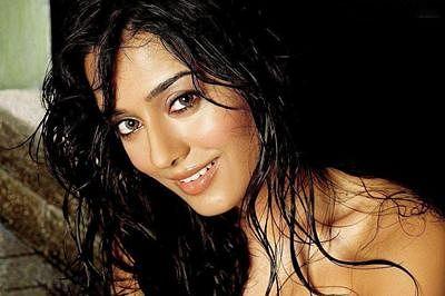 Amrita Rao to make TV debut with fiction show Meri Awaaz Hi Pehchaan Hai
