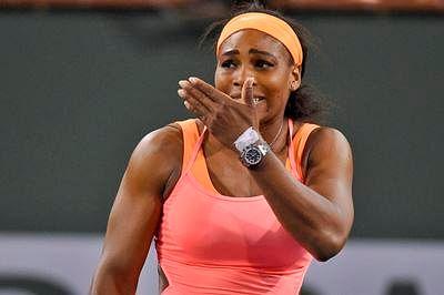 Serena Williams out of Hopman opener with swollen knee
