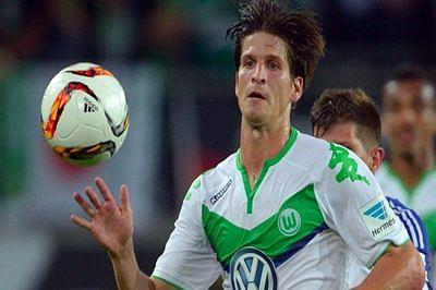 Norwich sign Wolfsburg defender Klose