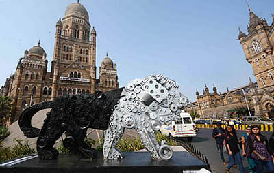 BMC ropes in street artist to  promote 'Make in India' week