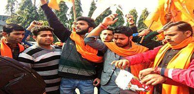 Bajrang Dal, VHP men held for protesting V-Day celebrations
