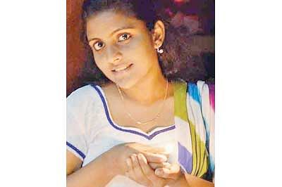 MANIT girl student hangs self in hostel room