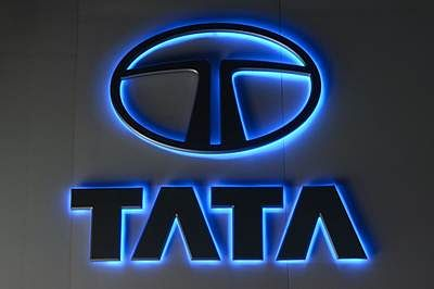 Tata Motors reports 84% YoY jump in PV sales in December