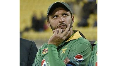 Pagal hai kya, bowling kaun karega: Afridi tells Riaz at GT20, leaves fans in splits