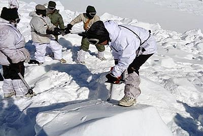 Indian army disposes 130 tonnes of waste from Siachen in an attempt to restore the eco-system