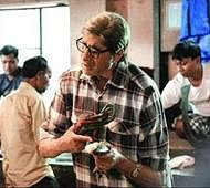 Check out Amitabh Bachchan haggles over fish prices in 'Te3n'