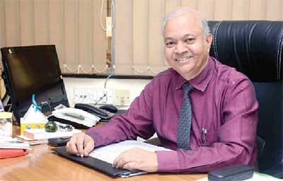 Study hard, but study smart as well: VG Vaze College Principal