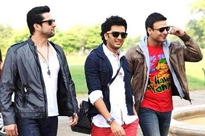 'Great Grand Masti' passed with 22 cuts