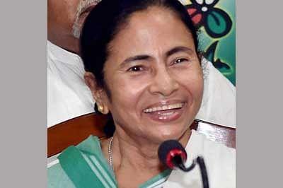 Purulia to come under national  freight corridor, says Mamata