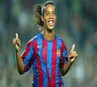 Ronaldinho to sign with Chinese or US club
