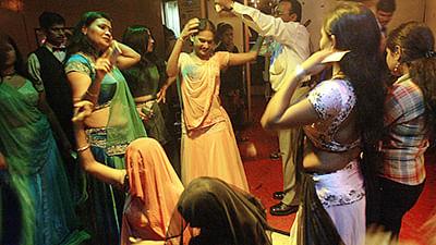 Better dance than beg: SC raps state
