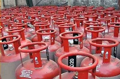 Cabinet gives green light to Rs 8,000-cr rural LPG scheme