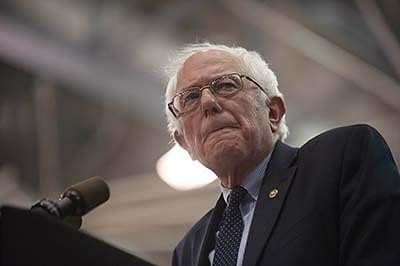 Sanders endorses Clinton to unite Democrats against Trump