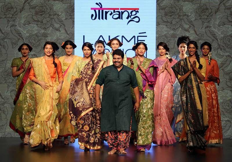 Designer Gaurang with models at LFW SR 2016