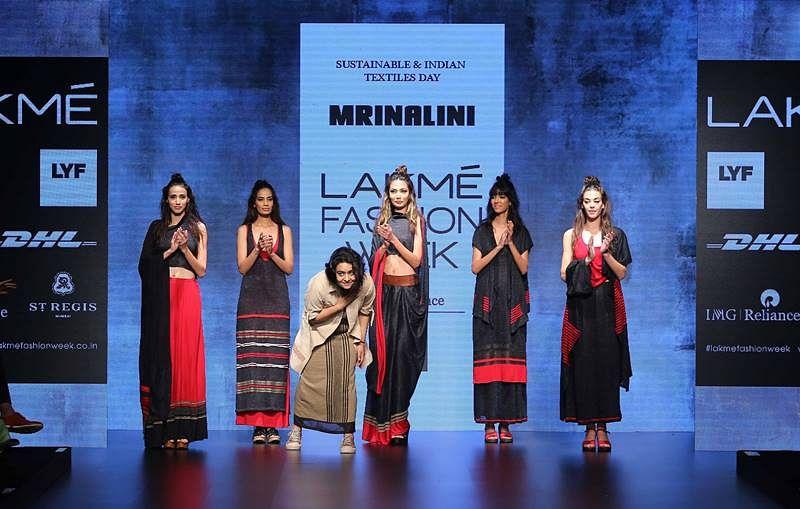 Designer Mrinalini with models at LFW SR 2016