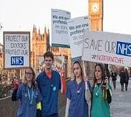 Junior doctors plan 48-hour strike in UK over new contract
