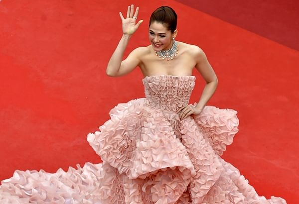 Cannes 2016: Daring dresses, flowing gowns rule Cannes red carpet