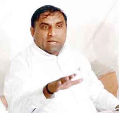 Quota leader Lalji Patel is arrested
