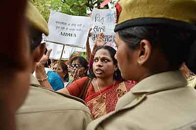 Backlash over murder continues to rock Kerala