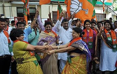 'Achche Din' for regional parties, says Sena chief