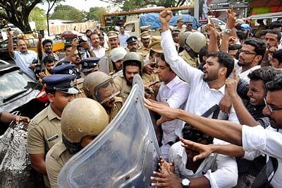 Dalit Rape Case: Chandy meets victim's mother