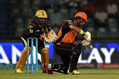 IPL 2016: Sunrisers Hyderabad knock Knight Riders out of IPL