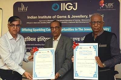 Skilling India in Gems & Jewellery: IIGJ signs MoU with Welingkar