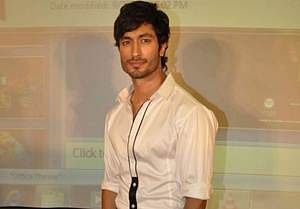 Vidyut Jamwal injured while filming action sequence in 'Commando 2'