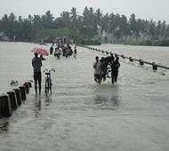 12 die in Sri Lanka flash floods